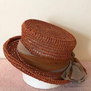 Eric Javits orange hat 22 inches in circumference